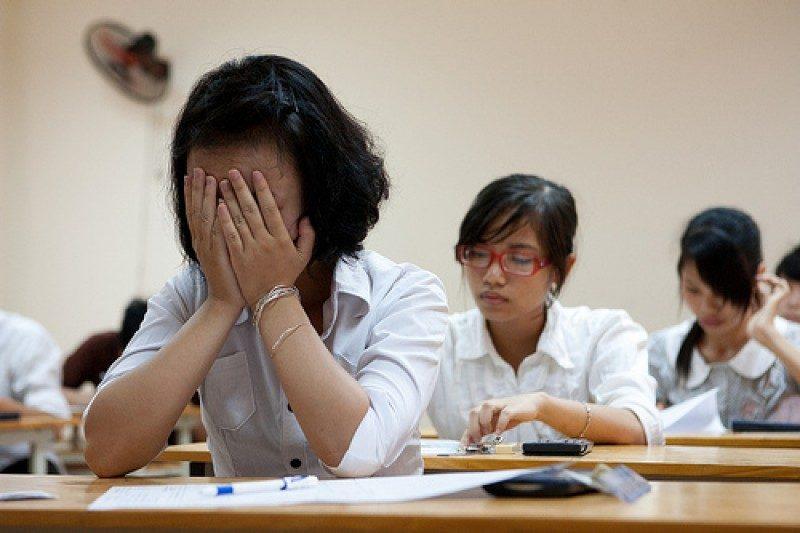 Tư vấn tuyển sinh: Trượt đại học nên làm gì?