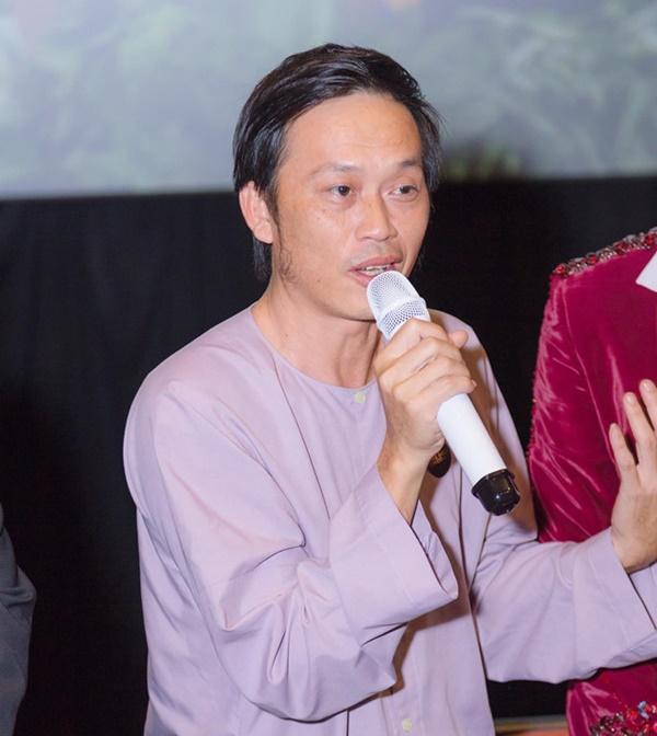 Giải mã tới người hâm mộ: Nghệ sĩ Hoài Linh bao nhiêu tuổi?