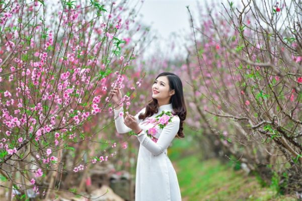Tuyển tập làm thơ 7 chữ về mùa xuân hay nhất