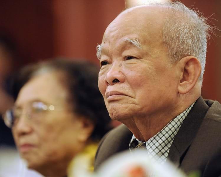 Nhà văn Nguyễn Văn Báu bút danh Nguyên Ngọc